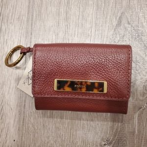 NWT FOSSIL HENNA LEATHER BURGUNDY RFID WALLET